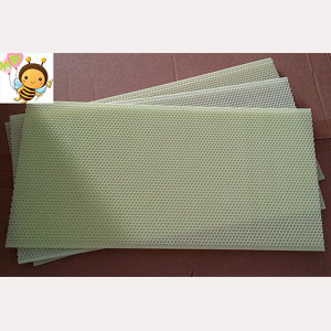 beekeeping-black-yellow-color-plastic-bee-foundation-sheet