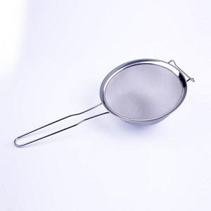 Beekeeping supplies spoon type honey strainer