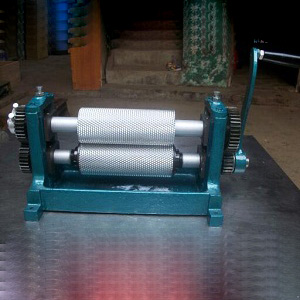 roller-length-195-manual-beeswax-foundation-sheet-machine
