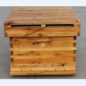 Wax dipped waterproof simplex fir wooden bee hive for sale